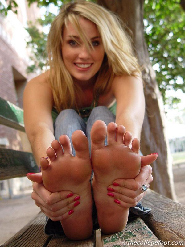 Feet soles girl barefoot